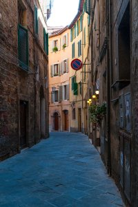 One of the many pretty side streets, Siena