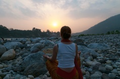 A quick meditation to the setting sun